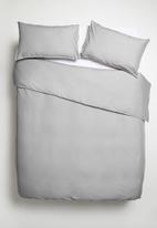 Sixth Floor - Piped polycotton duvet set - grey & white