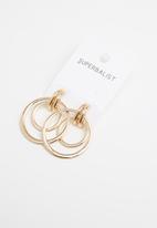 Superbalist - Sharp earrings - gold