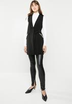 Vero Moda - Leorah waistcoat - black