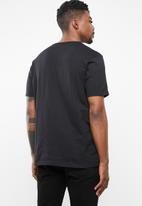 Cotton On - Tbar short sleeve collaboration tee - black