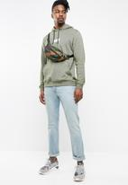 Hurley - Crone boxed pullover sweater - green