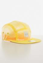 PUMA - Puma x diamond 5 panel cap - yellow