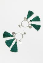STYLE REPUBLIC - Tassel earrings - green & silver