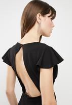 c(inch) - Open back dress - black