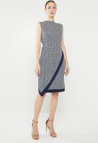 edit - Short sleeve asymmetrical dress - navy & white