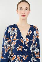 G Couture - Printed mock wrap dress - blue