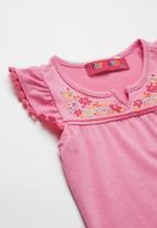 POP CANDY - Baby Girls Flower Detail Tee - pink