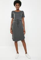 edit - 3/4 Sleeve draw-cord dress - charcoal