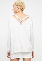 STYLE REPUBLIC - Criss cross back top - beige