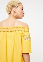 STYLE REPUBLIC - Boho embroidered bardot dress - yellow