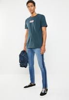 Hurley - One & only small box tee - navy