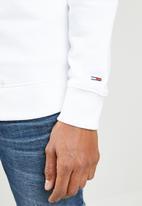 Tommy Hilfiger - Tjm essential logo crew sweatshirt - white