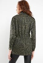 Missguided - Leopard camo parka - khaki & black