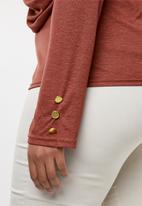 edit Plus - Front drape top - rust