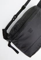 Herschel Supply Co. - Hs6 bag - black