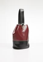 BLACKCHERRY - Jen body bag - burgundy & black