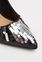 Madison® - Raven court - black & silver