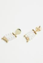 Superbalist - Pearl fall earrings - gold & white