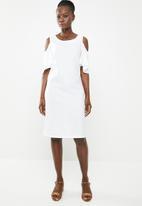 edit - Cold shoulder linen blend dress - white