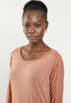 edit - Weekend light weight lounge top - brown