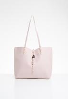 STYLE REPUBLIC - Stud detail shopper bag - pink & gold