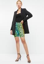 Missguided - Tie dye animal print shorts - multi