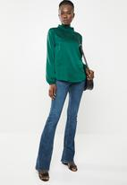 edit - Lantern sleeve blouse - green