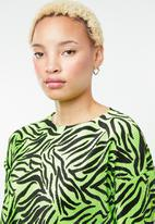 Missguided - Plisse zebra top - green & black