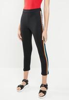 c(inch) - Rainbow stripe pants - black