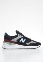 New Balance  - X90 Suede/Mesh - black