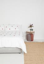 Sheraton Textiles - Emblem embroidered duvet cover set - white & rust
