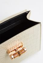 Superbalist - Wooden handle faux croc leather bag - cream