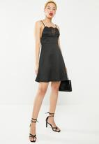 Missguided - Cami satin lace skater dress - black