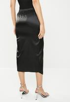 Missguided - Satin wrap front skirt - black