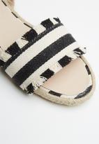 Superbalist - Cara sandal - black
