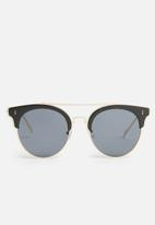 Superbalist - Erin top bar sunglasses - black & gold