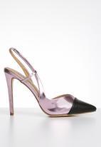 Madison® - Slingback court heels - pink & black