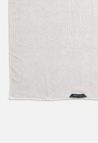 Linen House - Jordan spot bath sheet - stone
