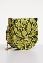 Superbalist - Carez snake print bag - green