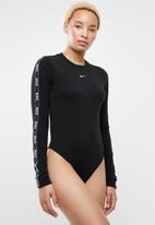Nike - Long sleeve logo tape bodysuit - black