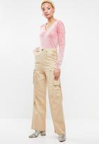 STYLE REPUBLIC - Vintage wash v-neck jersey - pink & white