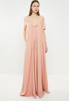 AMANDA LAIRD CHERRY - Pulane maxi dress - pink