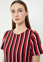 edit - Short sleeve shift dress with zips - multi