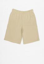 Rebel Republic - Elasticated shorts - tan