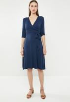 edit - 3/4 Sleeve fit and flare dress - navy