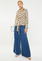 Sissy Boy - Chain print blouse - cream & brown