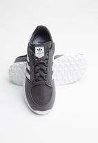 adidas Originals - Forest grove c - grey six/ftwr white/grey six