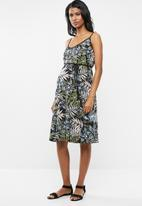 Cherry Melon - Maternity Shoestring sun-dress - multi