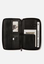 Typo - Rfid odyssey travel compendium - silver