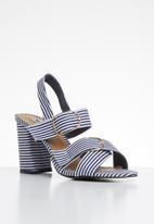 Madison® - Reagan heel - navy & white